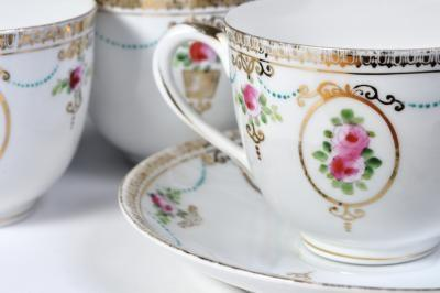 Taylor Smith u0026 Taylor Fine China & Find Elegant China and Dinnerware on Craigslist